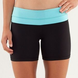 Lululemon Reverse Groove Short-REVERESIBLE!